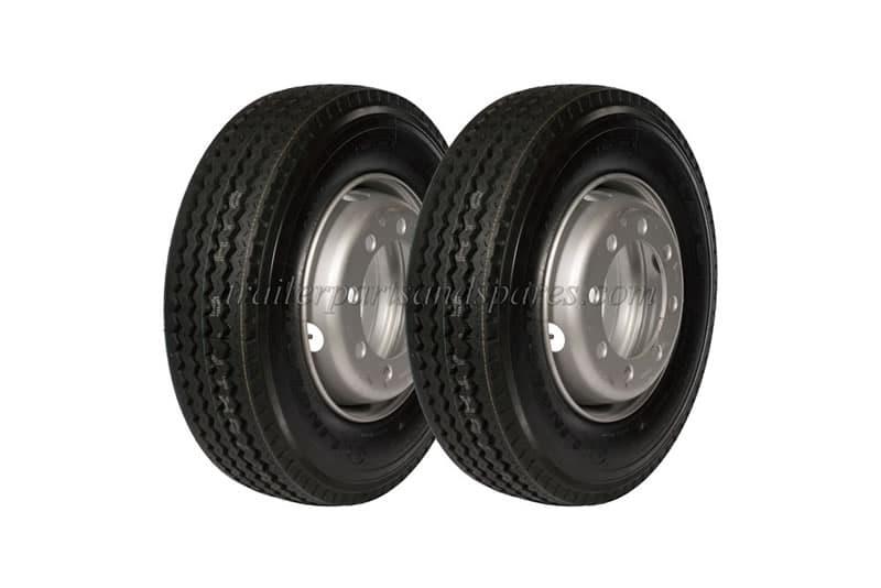 NIK_0750-clone-2-tyres