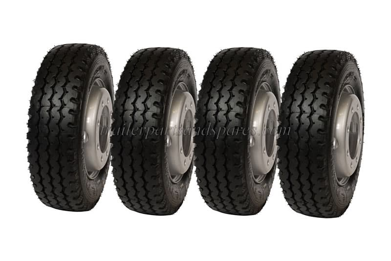 NIK_0839-clone-4-tyres